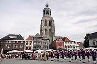 Nederland - Bergen op Zoom - 16 september 2018. De Sint-Gertrudiskerk, ofwel de Peperbus.  Op zondag 16 september 2018 vindt in Bergen op Zoom de Brabant Stoet plaats. Dit is een grootst opgezet festival van de lopende cultuur. Deze vorm van cultuur is kenmerkend voor Brabant. In de Brabant Stoet zijn zo'n honderd vormen van lopende (en rijdende) cultuur te zien zoals gilden, fanfares, steltlopers, reuzen, carnaval, ommegangen en praalwagens. De Brabant Stoet wordt samengesteld met groepen uit zowel Noord-Brabant als Vlaams- en Waals-Brabant.   Foto Berlinda van Dam / Hollandse Hoogte
