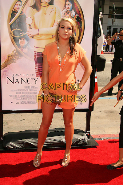 "JAMIE LYNN SPEARS.""Nancy Drew"" World Premiere held at Grauman's Chinese Theatre, Hollywood, California, USA, 09 June 2007..full length playsuit hand on hip orange shorts.CAP/ADM/RE.©Russ Elliot/AdMedia/Capital Pictures."