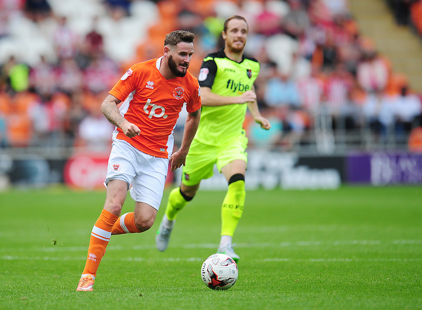 Blackpool's Mark Yeates<br /> <br /> Photographer Kevin Barnes/CameraSport<br /> <br /> Football - The EFL Sky Bet League Two - Blackpool v Exeter City - Saturday 6th August 2016 - Bloomfield Road - Blackpool<br /> <br /> World Copyright &copy; 2016 CameraSport. All rights reserved. 43 Linden Ave. Countesthorpe. Leicester. England. LE8 5PG - Tel: +44 (0) 116 277 4147 - admin@camerasport.com - www.camerasport.com
