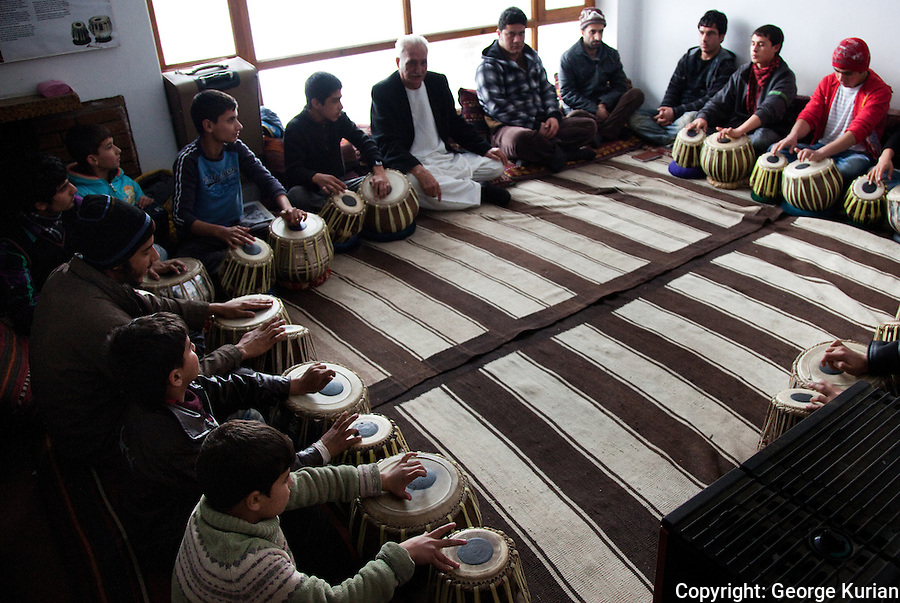 The learning of music and its performance has been under constant attack by the Taliban in Afghanistan. Many musicians fled Afghanistan to escape persecution or death rather than give up their musical traditions. Some of them are now back in Kabul, passing their skills on the next generation. <br /> Though much of traditional Afghan music has been a male bastion, many women enrol at the Agha Khan Music Institute, often with the encouragement of their parents, to learn music