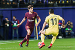 Sergi Roberto Carnicer of FC Barcelona fights for the ball with Jaume Vicent Costa Jorda, J Costa, of Villarreal CF during the La Liga 2017-18 match between Villarreal CF and FC Barcelona at Estadio de la Ceramica on 10 December 2017 in Villarreal, Spain. Photo by Maria Jose Segovia Carmona / Power Sport Images