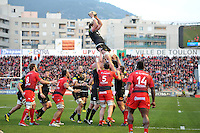 Stuart Hooper of Bath Rugby wins the ball at a lineout. European Rugby Champions Cup match, between RC Toulon and Bath Rugby on January 10, 2016 at the Stade Mayol in Toulon, France. Photo by: Patrick Khachfe / Onside Images