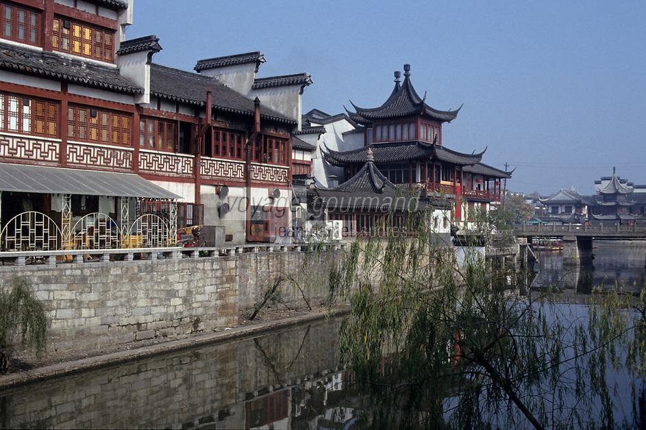 Asie/Chine/Jiangsu/Nankin: Quartier du Temple de Confucius - Maisons traditionnelles et temple de Confucius près de la rivière Qinhuai
