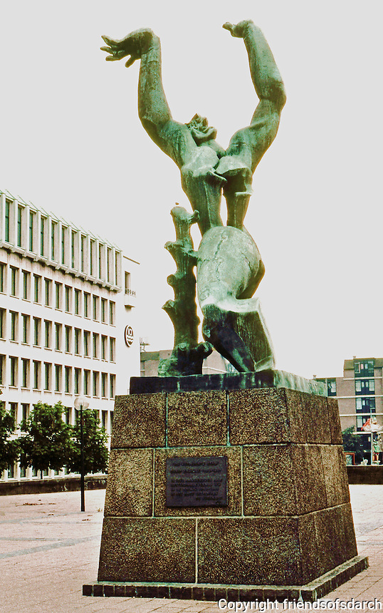 Rotterdam: Osip Zadkine's 1953 Memorial to the destroyed city. Photo '87.