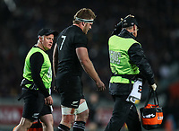 Sam Cane is seen by medical staff during the Bledisloe Cup and Rugby Championship rugby match between the New Zealand All Blacks and Australia Wallabies at Eden Park in Auckland, New Zealand on Saturday, 25 August 2018. Photo: Simon Watts / lintottphoto.co.nz