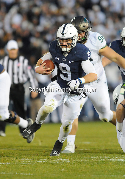 STATE COLLEGE, PA - NOVEMBER 26:  Penn State QB Trace McSorley (9) runs for a first down. The Penn State Nittany Lions defeated the Michigan State Spartans 45-12 to win the Big Ten East Division on November 26, 2016 at Beaver Stadium in State College, PA. (Photo by Randy Litzinger/Icon Sportswire)