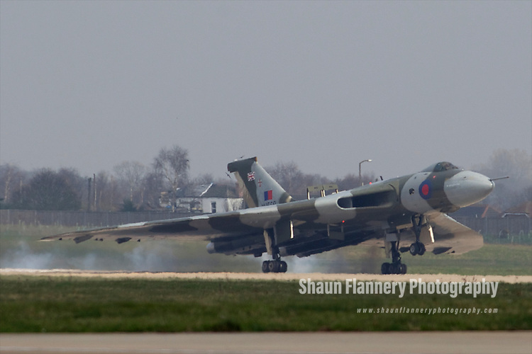 Pix: Shaun Flannery/shaunflanneryphotography.com...COPYRIGHT PICTURE>>SHAUN FLANNERY>01302-570814>>07778315553>>..29th March 2011..............The last flying Vulcan, XH558,  touches down at Robin Hood Airport Doncaster Sheffield. .Vulcan XH558 is to spend the summer based at the airfield where she once stood on Quick Reaction Alert during the Cold War..