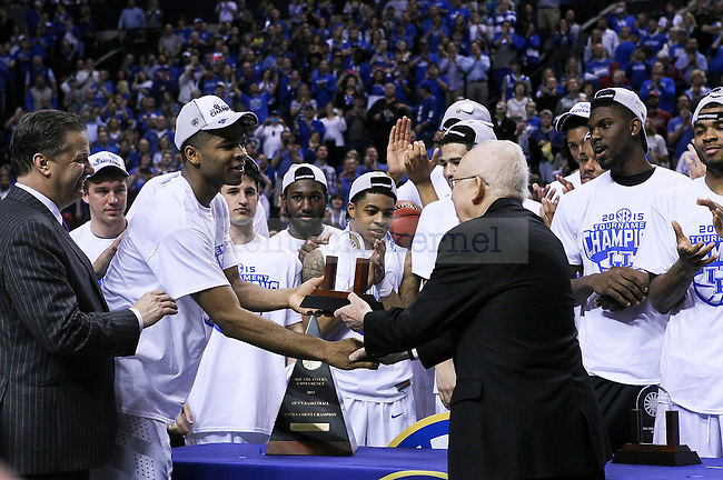 Kentucky guard Aaron Harrison receives an award after winning the SEC Championship against Arkansas in Nashville , Tenn., on Sunday, March 15, 2015. Photo by Jonathan Krueger | Staff
