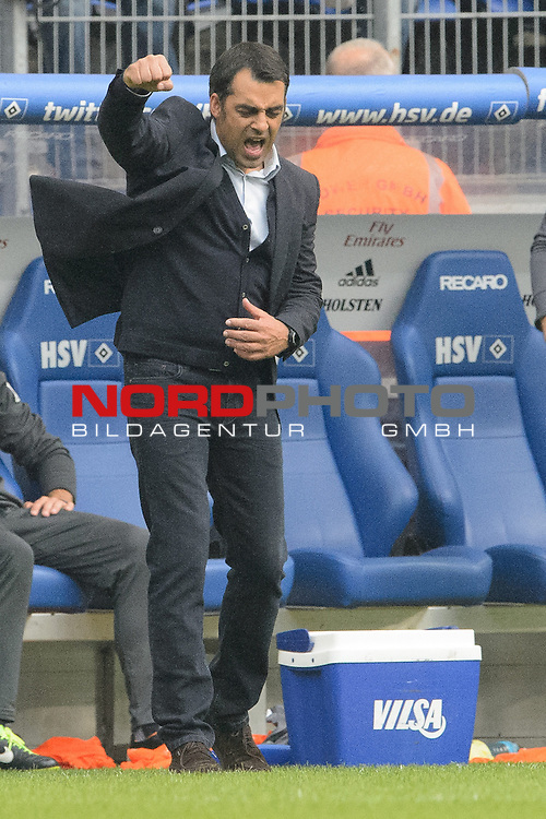 21.09.2013, Imtech Arena, Hamburg, GER, 1.FBL, Hamburger SV vs Werder Bremen, im Bild<br /> <br /> Jubel Robin Dutt (Trainer Werder Bremen)<br /> <br /> <br /> Foto &copy; nph / Kokenge