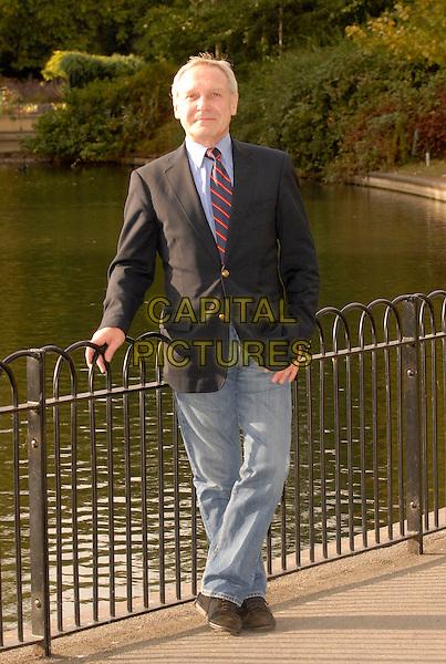 DAVID ARDEN (Sharon Osbourne's brother).In London, England..September 30th, 2007.full length blue suit jacket jeans denim.CAP/IL.©Ian Leonard/Capital Pictures.