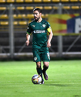 BOGOTA - COLOMBIA -21 -10-2016: Stalin Motta, jugador de La Equidad en acción durante partido entre La Equidad y Boyaca Chico FC, por la fecha 17 de la Liga Aguila II-2016, jugado en el estadio Metropolitano de Techo de la ciudad de Bogota. / Stalin Motta, player of La Equidad, in action during a match La Equidad and Boyaca Chico FC, for the  date 17 of the Liga Aguila II-2016 at the Metropolitano de Techo Stadium in Bogota city, Photo: VizzorImage  / Luis Ramirez / Staff.