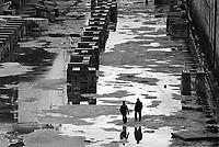 - Palermo, cantieri navali (1986) ....- Palermo, shipyards (1986)....