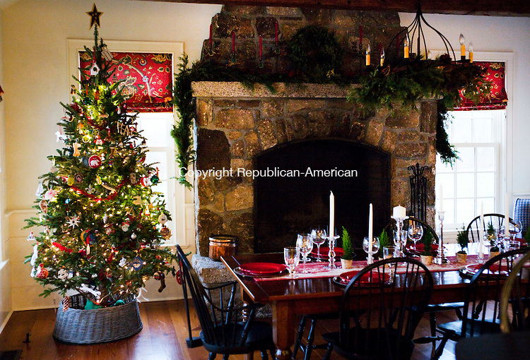 Woodbury, CT- 09 December 2015-120915CM03- The dining room area of the Clark's home is shown in Woodbury on Wednesday.  The Woman's Club of Woodbury Holiday House Tour will take place this upcoming weekend, which will feature six homes.       Christopher Massa Republican-American