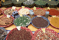 France, Provence: Local Spices | Frankreich, Provence: heimische Gewuerze