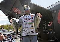 NWA Democrat-Gazette/FLIP PUTTHOFF <br /> JT Kenney of Palm Bay, Fla., leads the pro division of the Walmart FLW Tour bass tournament headed into today's round. Kenney weighed five bass Thursday April 14, 2016 totaling 18 pounds, 5 ounces. He also had big bass of the day with a 6-pound 10-ounce largemouth.