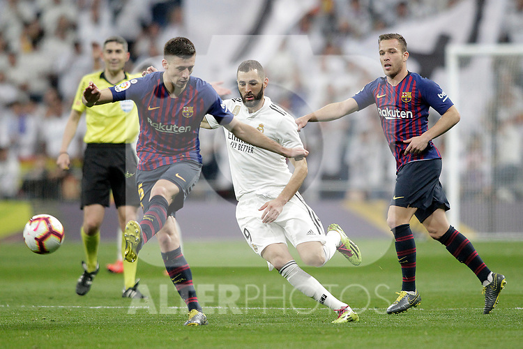 Real Madrid CF's Karim Benzema  and FC Barcelona's Clement Lenglet and Arthur Melo during La Liga match. March 02,2019. (ALTERPHOTOS/Alconada)