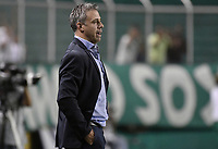 PALMIRA - COLOMBIA, 21-08-2019: Lucas Pusineri técnico del Cali gesticula durante partido entre Deportivo Cali y Atlético Nacional por la fecha 7 de la Liga Águila II 2019 jugado en el estadio Deportivo Cali de la ciudad de Palmira. / Lucas Pusineri coach of Cali gestures during match between Deportivo Cali and Atletico Nacional for the date 7 as part Aguila League II 2019 played at Deportivo Cali stadium in Palmira city. Photo: VizzorImage / Gabriel Aponte / Staff