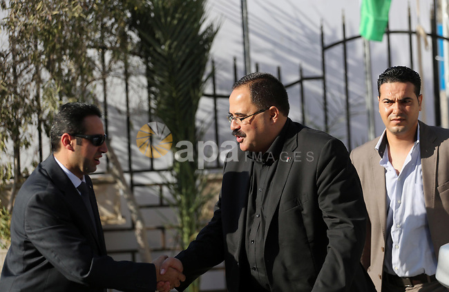 Palestinian Minister of Education, Sabri Saidam arrives before a reconciliation cabinet meeting in Gaza City on October 3, 2017. The Palestinian reconciliation government met in Gaza for the first time since 2014 as moves intensifies to end the decision-old rift between the main political factions. Photo by Mohammed Asad