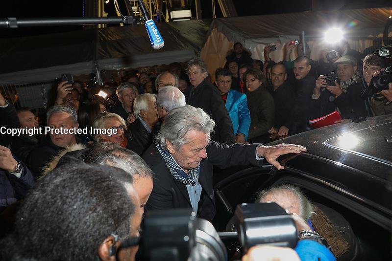 ALAIN DELON - INAUGURATION DE LA GRANDE ROUE PLACE DE LA CONCORDE A PARIS, FRANCE, LE 17/11/2017.