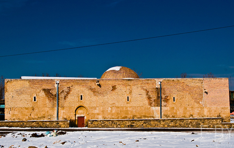 Sourp Serkis church, in the city of Khoy (Iran), dates back from the 4th century AD.