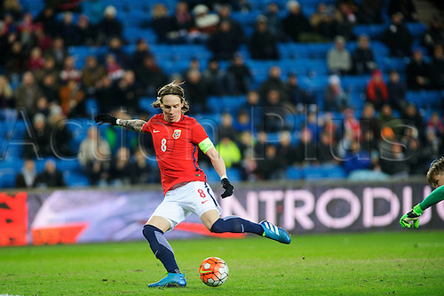 29.03.2016 Ullevaal Stadion, Oslo, Norway. International football freindly, Norway versus Finland. Stefan Johansen scores Norways goal for 2-0