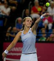 Sebine Lisicki (GER) and Philipp Kohlschreiber (GER) against Laura Robson (GBR) and Andy Murray (GBR) in the group B match between Great Britain and Germany. Robson & Murray beat Lisicki & Kohlschreiber 6-3 6-2..International Tennis - Hyundai Hopman Cup XXII - Wed  06 Jan 2010 - Burswood Dome - Perth - Australia ..© Frey, AMN Images, 1st Floor, Barry House, 20-22 Worple Road, London, SW19 4DH.Tel - +44 20 8947 0100