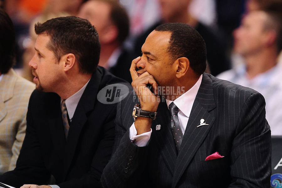 Jan. 28, 2012; Phoenix, AZ, USA; Memphis Grizzlies head coach Lionel Hollins (right) with assistant coach David Joerger against the Phoenix Suns at the US Airways Center. The Suns defeated the Grizzlies 86-84. Mandatory Credit: Mark J. Rebilas-USA TODAY Sports