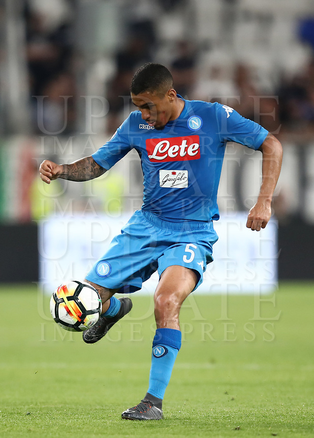 Calcio, Serie A: Juventus - Napoli, Torino, Allianz Stadium, 22 aprile, 2018.<br /> Napoli's Allan Marques Loureiro in action during the Italian Serie A football match between Juventus and Napoli at Torino's Allianz stadium, April 22, 2018.<br /> UPDATE IMAGES PRESS/Isabella Bonotto