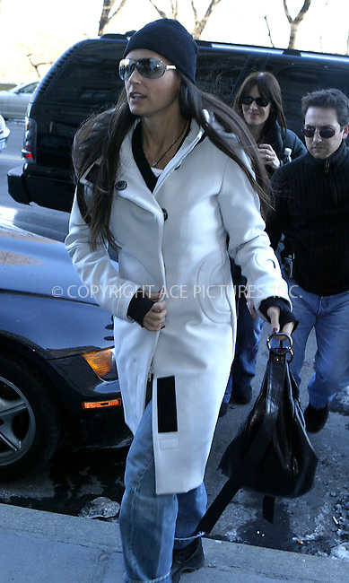 Demi Moore returns to her New York apartment, following a Madison Avenue shopping trip. January 21 2004, New York City. Please byline: NY Photo Press.   ..*PAY-PER-USE*      ....NY Photo Press:  ..phone (646) 267-6913;   ..e-mail: info@nyphotopress.com