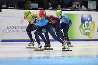 SHORTTRACK: DORDRECHT: Sportboulevard Dordrecht, 24-01-2015, ISU EK Shorttrack 500m Men Final A, Freek VAN DER WART (NED | #52), Victor AN (RUS | #60), Sjinkie KNEGT (NED | #1), Semen ELISTRATOV (RUS | #61), ©foto Martin de Jong