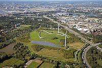 Energieberg Georgswerder mit Hoehenweg und Windkraft: EUROPA, DEUTSCHLAND, HAMBURG, (EUROPE, GERMANY), 31.08.2016:  Der Deponiehuegel Georgswerder mit Hoehenweg und Windkraftanlage von Hamburg Energie.