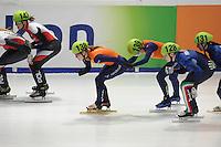 SHORTTRACK: DORDRECHT: Sportboulevard Dordrecht, 24-01-2015, ISU EK Shorttrack, Relay, Yara VAN KERKHOF (NED | 138), Lara VAN RUIJVEN (NED) | #139), Arianna FONTANA (ITA | #128), ©foto Martin de Jong