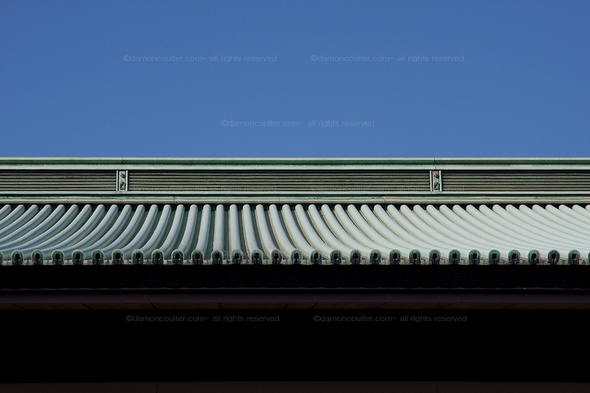 Detail of the Imperial Palace roof. Emperor Akihito 76th birthday was celebrated in Japan with a national holiday and thousands of well-wishers being allowed into the Royal Palace for the occasion. He made three appearances during the day and spoke of the economy difficulties many Japanese people are suffering during his address. He was accompanied by Empress Michiko, Crown Prince Naruhito, Prince Akishino and their wives. Tokyo, Japan December 23rd 2009