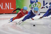 SHORT TRACK: DORDRECHT: Sportboulevard, 13-02-2016, ISU World Cup Short Track Final 2015/2016, Dmitry Migunov (#27), Shuai Shao (#165), ©photo Martin de Jong