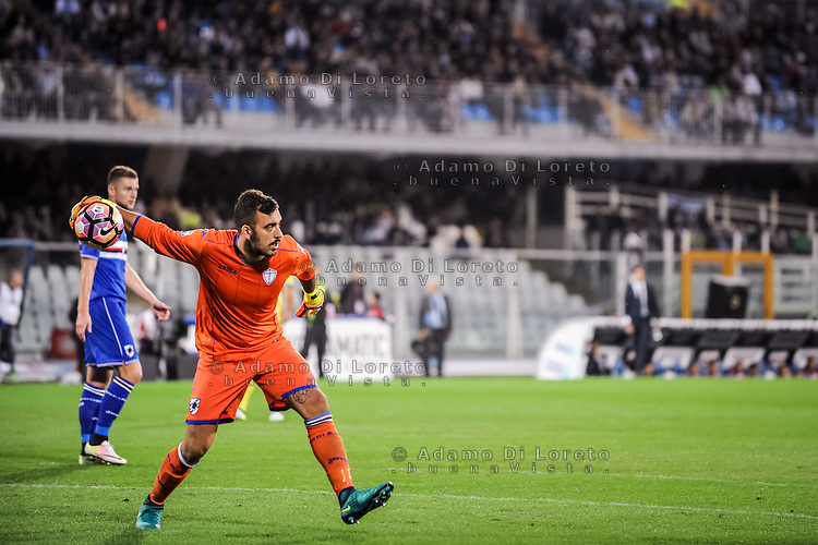 Viviano Emiliano (Sampdoria) during the Italian Serie A football match Pescara vs Sampdoria on October 15, 2016, in Pescara, Italy. Photo Adamo Di Loreto/BuenaVista*photo
