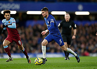 30th November 2019; Stamford Bridge, London, England; English Premier League Football, Chelsea versus West Ham United; Jorginho of Chelsea on the ball - Strictly Editorial Use Only. No use with unauthorized audio, video, data, fixture lists, club/league logos or 'live' services. Online in-match use limited to 120 images, no video emulation. No use in betting, games or single club/league/player publications