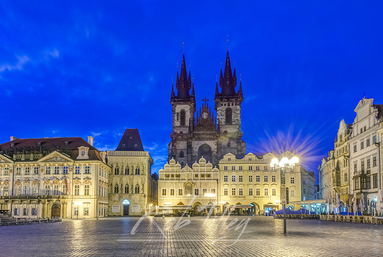 Europe, Czech Republic, Bohemia, Prague, Old Town Square