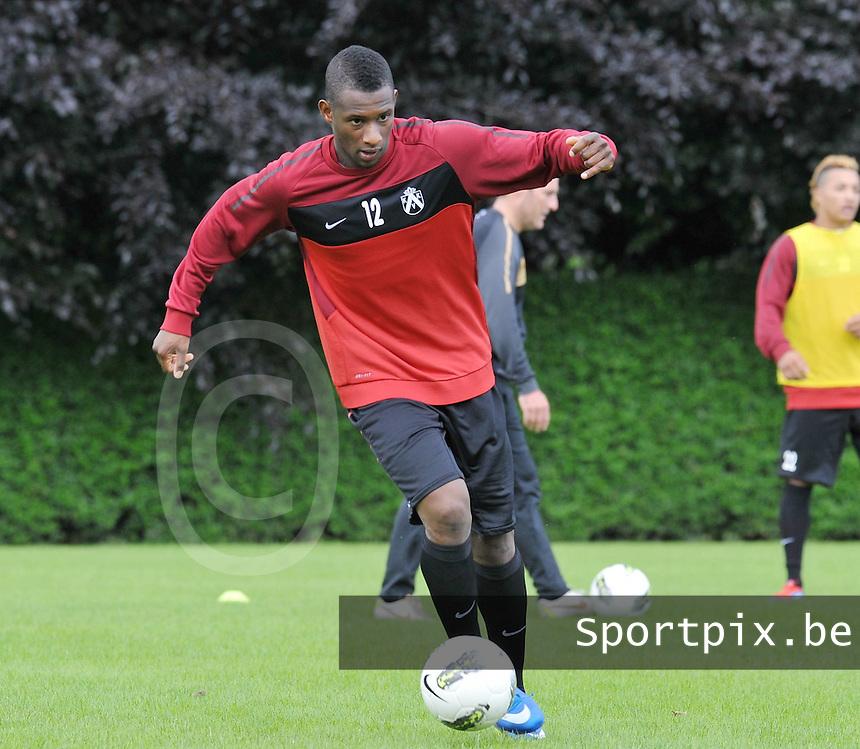 KV Kortrijk : Eerste training met Ebrahima Sawaneh IBOU ..foto VDB / BART VANDENBROUCKE