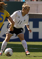 Martina Mueller, Germany 2-1 over Sweden at the  WWC 2003 Championships.