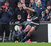 4th November 2017, Welford Road, Leicester, England; Anglo-Welsh Cup, Leicester Tigers versus Gloucester;  Joe Ford (c) kicks a penalty for Leicester Tigers