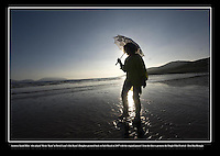 Sarah Miles on Inch Strand at the Dingle Film Festival in 2007.<br /> Picture: macmonagle archive<br /> e: info@macmonagle.com
