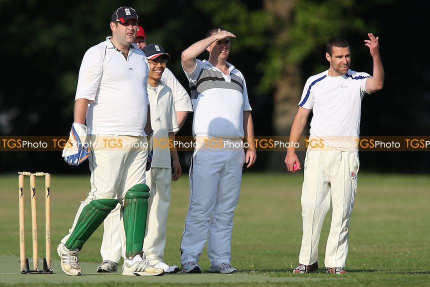 Wrong'uns CC (fielding) vs Junoon CC - Victoria Park Community Cricket League - 04/07/11 - MANDATORY CREDIT: Gavin Ellis/TGSPHOTO - Self billing applies where appropriate - Tel: 0845 094 6026 - contact@tgsphoto.co.uk