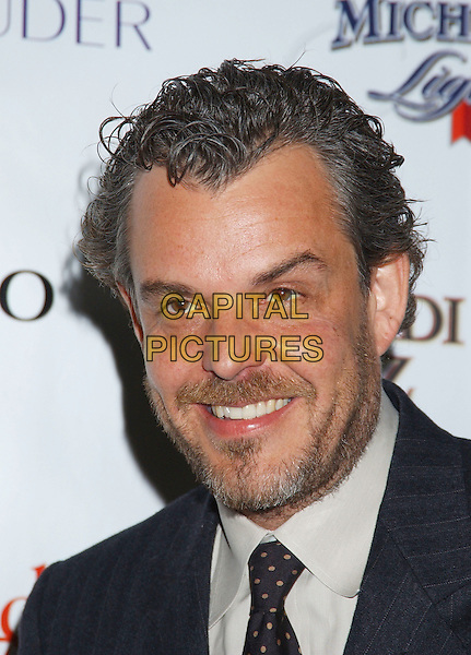 DANNY HUSTON.Movieline's Hollywood Life Honors 2004 Breakthrough Awards held at the Henry Fonda Music Box Theatre. .December 12th, 2004.headshot, portrait, stubble, facial hair, beard.www.capitalpictures.com.sales@capitalpictures.com.© Capital Pictures.