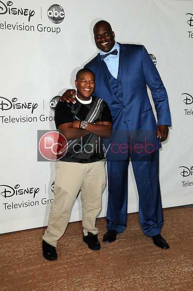 Kyle Massey with Shaquille O'Neal<br /> at the Disney ABC Television Group Summer 2010 Press Tour - Evening, Beverly Hilton Hotel, Beverly Hills, CA. 08-01-10<br /> David Edwards/Dailyceleb.com 818-249-4998