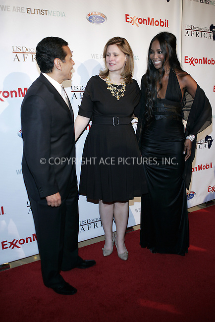 WWW.ACEPIXS.COM . . . . . ....April 21 2009, Beverly Hills CA....Mayor Antonio Villaraigosa, supermodel Naomi Campbell (R) and Sarah Brown arriving at the 1st Annual Historic Health Summit Gala at the Beverly Hilton on April 21, 2009 in Beverly Hills, California.....Please byline: JOE WEST- ACEPIXS.COM.. . . . . . ..Ace Pictures, Inc:  ..(646) 769 0430..e-mail: info@acepixs.com..web: http://www.acepixs.com