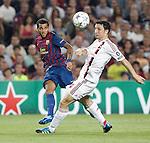 Barcelona's Daniel Alves and AC Milan's Mark van Bommel during Champions League match on september 13th 2011...Photo: Cesar Cebolla / ALFAQUI