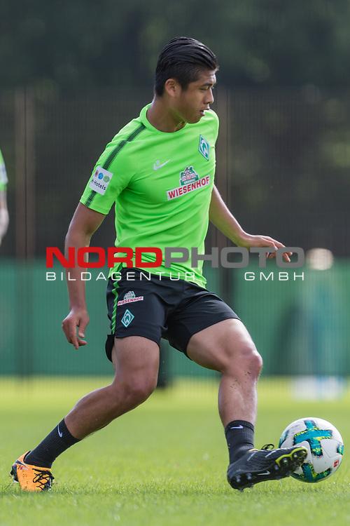 20.08.2017, Trainingsgelaende, Bremen, GER, 1.FBL, Training SV Werder Bremen<br /> <br /> im Bild<br /> Yuning Zhang (Werder Bremen #19), <br /> <br /> Foto &copy; nordphoto / Ewert