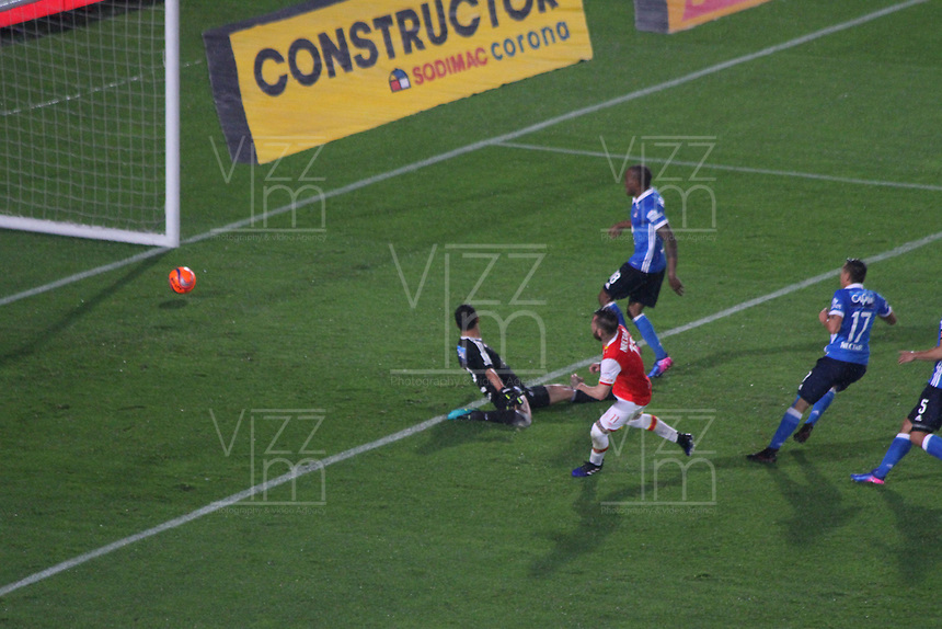 BOGOTA -COLOMBIA, 25-03-2017.Jonathan Gomez player of Santafe scores his goal agaisnt Millonarios,Actions game between Santa Fe and Millonarios  during match for the date 2 of the Aguila League I 2017 played at Nemesio Camacho El Campin stadium . Photo:VizzorImage / Felipe Caicedo  / Staff