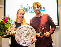 Rotterdam, Netherlands, December 17, 2017, Topsportcentrum, Ned. Loterij NK Tennis, Tennisplayer of the year award, winners Kiki Bertens and Robin Haase<br /> Photo: Tennisimages/Henk Koster