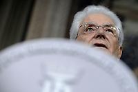 Governo, Giuseppe Conte rimette il mandato a Mattarella